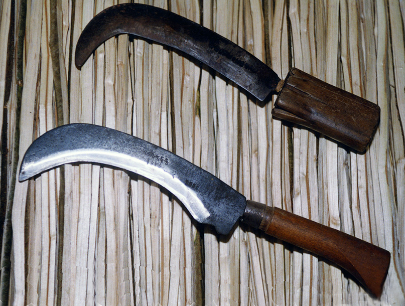 thatch spar hooks