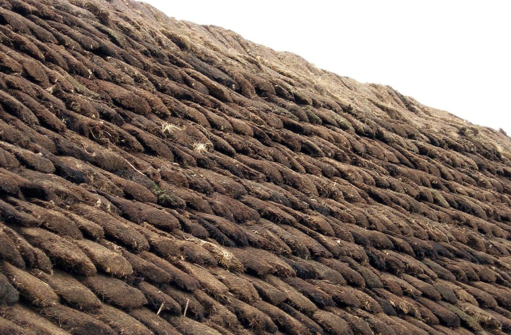 Turf pones Easthouse Croft Shetland Thatch