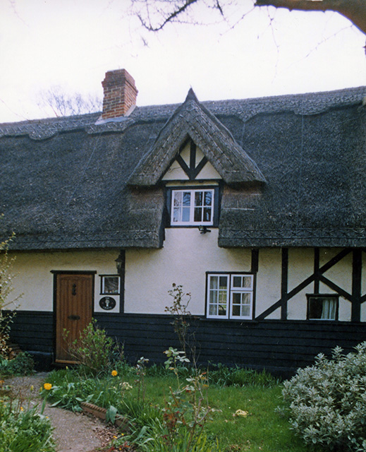 thatching at Salford essex