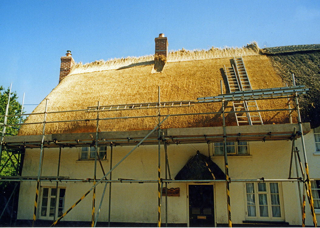 Thatching Straightwork Features Thatching Info Com