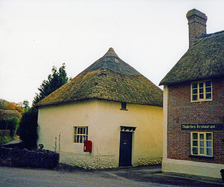 thatching at gittisham devon
