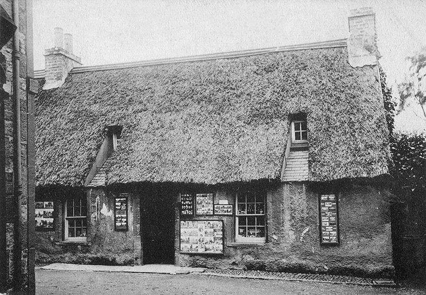 thatch melrose scotland