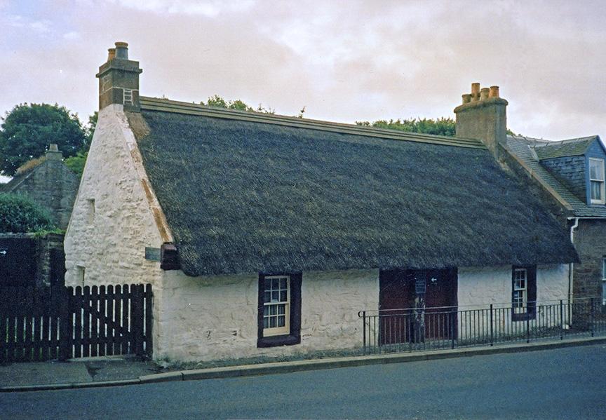 thatch kirkoswold scotland