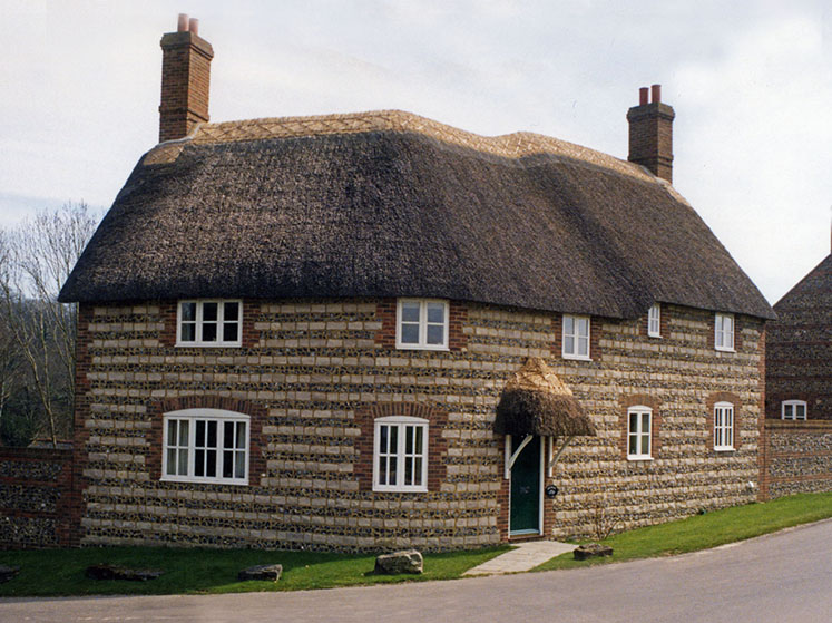 Thatched Roofing Cost Amp Thatch Roof Cottage Rustic