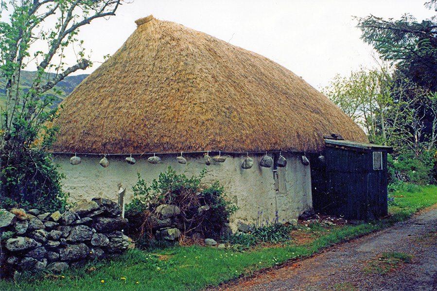 thatch loch durlich scotland