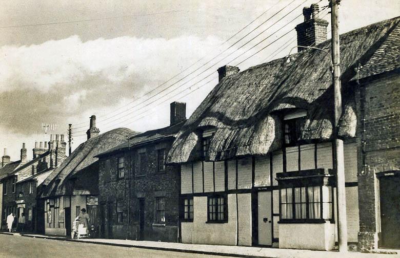 thatch buckinghamshire