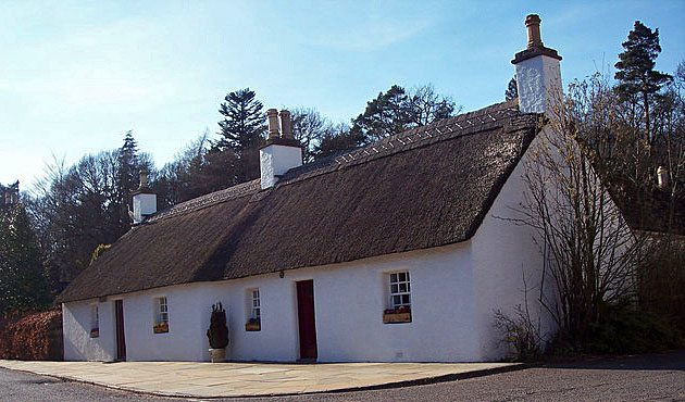 zzzzzzched-cottages-in-glamis